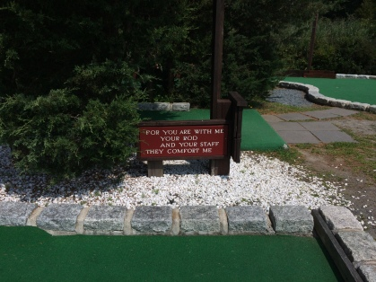Mini golf course sign